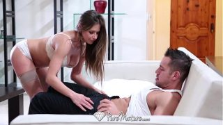 HD – PureMature Sexy Rachel Roxx is giving blowjob to boyfriend